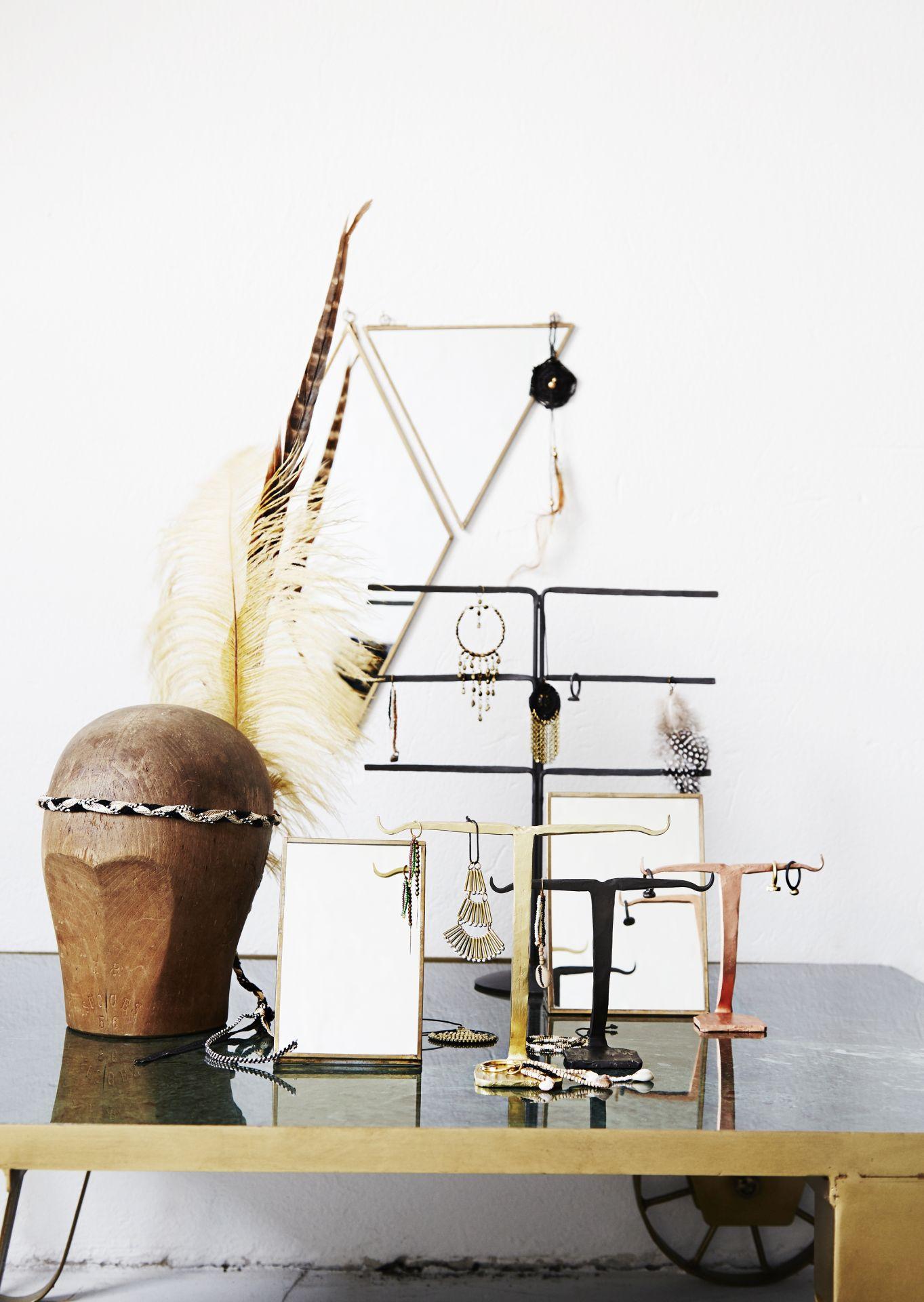 e1120d04c Ručně kovaný stojan na šperky Black | Nordic Day