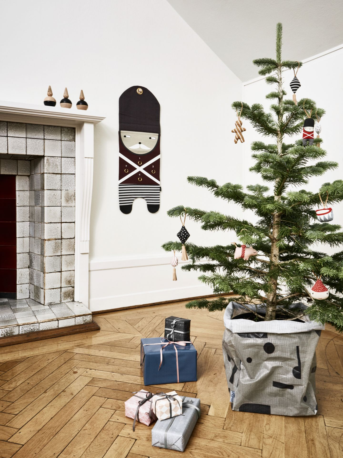https://www.nordicday.cz/dekorace/textilni-vanocni-ozdoby-christmas-set-5-ks/
