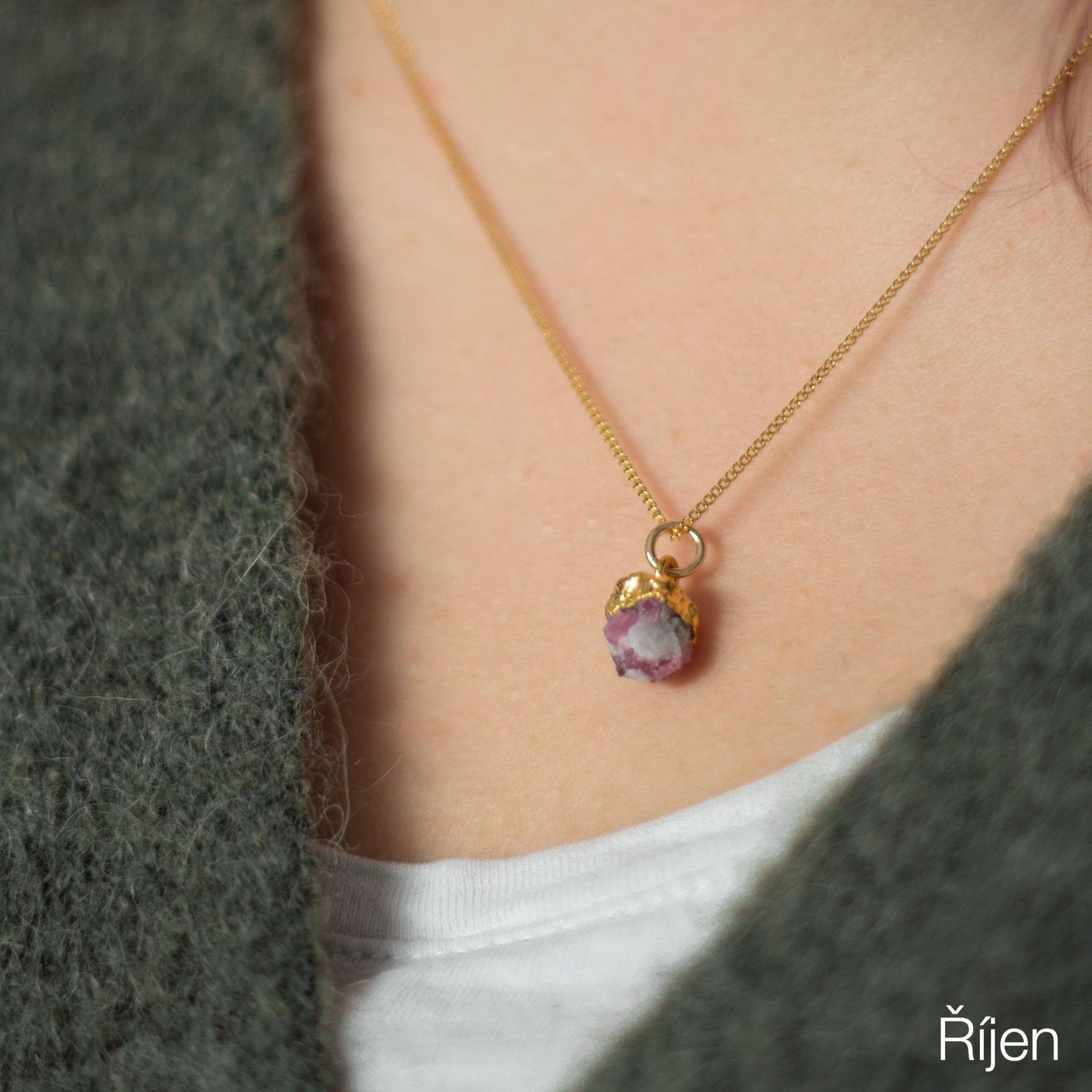 DECADORN Pozlacený řetízek s narozeninovým kamenem Birthstone Říjen - rubelit, multi barva, zlatá barva, kov, kámen