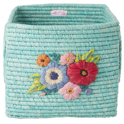 rice / Štvorcový košík z rafie Hand Embroidered Flowers Mint
