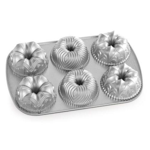 Nordic Ware / Hliníková forma na mini bábovky Garland