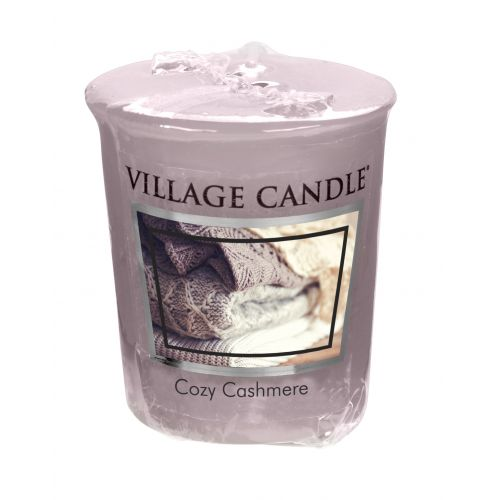 VILLAGE CANDLE / Votívna sviečka Village Candle - Cozy Cashmere