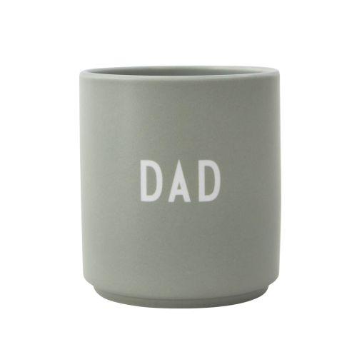 DESIGN LETTERS / Porcelánový hrnček Dad/Love 300ml