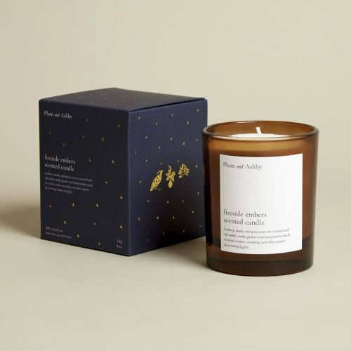 PLUM & ASHBY / Vonná sviečka Fireside Embers - 215 g