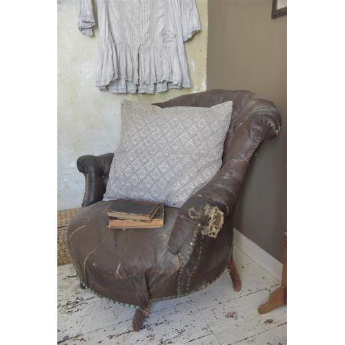 Jeanne d'Arc Living / Háčkovaná obliečka na vankúš Chrocheted Grey