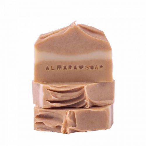 Almara Soap / Prírodné mydlo Curcuma & Honey