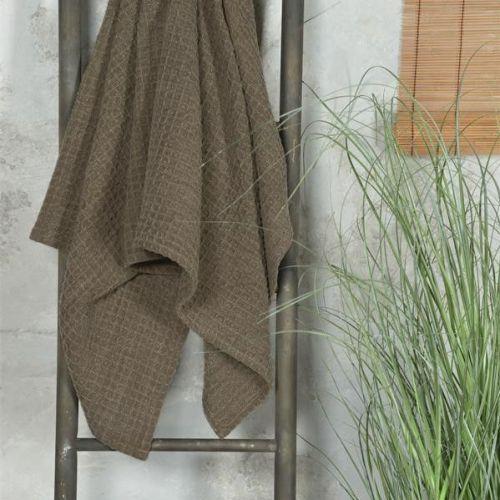 Jeanne d'Arc Living / Bavlnený uterák Vaffle Dark Brown 70 x 140cm