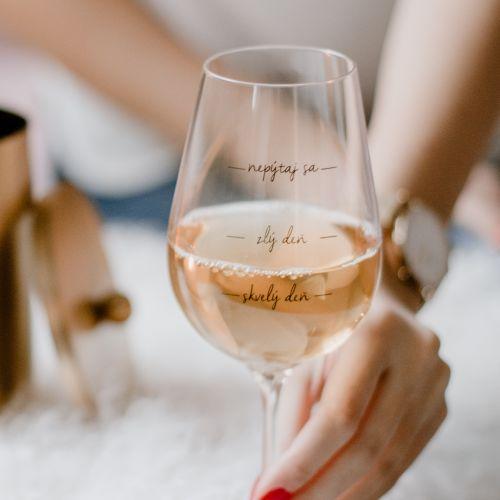 Bella Rose / Pohár na víno Nepýtaj sa! SK
