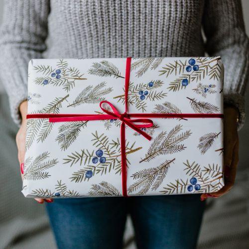 Bella Rose / Vianočný baliaci papier Jalovec A1