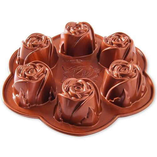Nordic Ware / Hliníková forma Bouquet of Roses