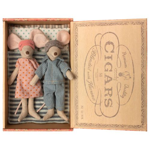 Maileg / Myšky v krabičke - mama a ocko