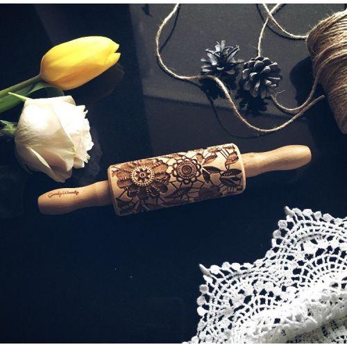 Goody Woody / Embosovaný valček na cesto Flowers - malý