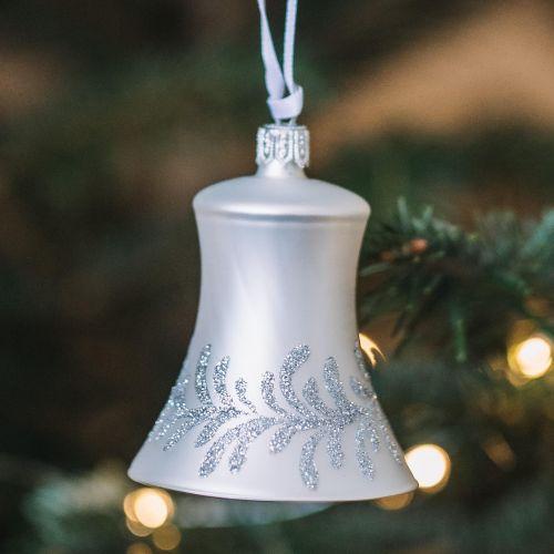 GLASSOR / Sklenená vianočná ozdoba Silver Flowers - zvonček