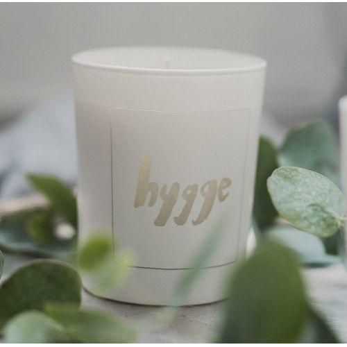 Love Inc. / Biela sviečka Hygge - figy a biele pižmo