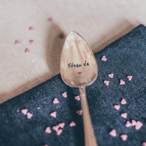 La de da! Living / Postriebrená čajová lyžička Lúbim ťa