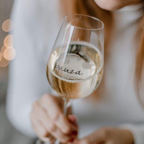 Bella Rose / Pohár na víno Pauza