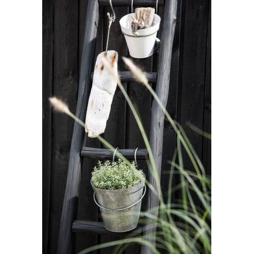 Závěsný drátěný držák na květník
