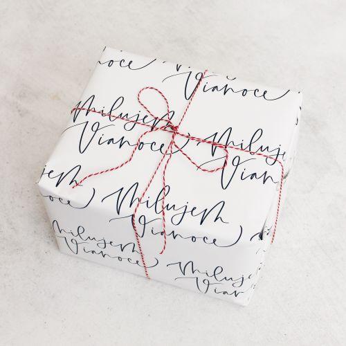 Vánoční balicí papír Milujem Vianoce SK - 3 archy