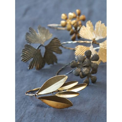 Kovový kroužek na ubrousky Antique Brass Three Leaves