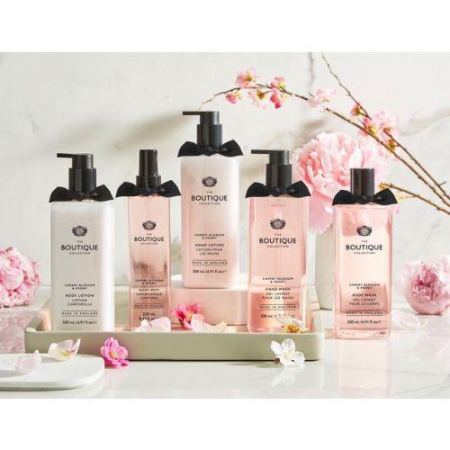 Mléko na ruce Boutique Cherry Blossom & Peony 500ml
