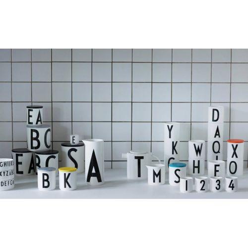 Porcelánová konvice Letters