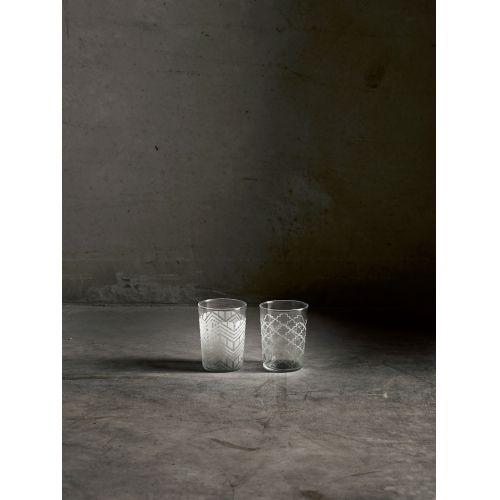 Designová sklenice s vypískovaným vzorem