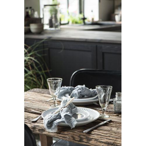 Vroubkovaný talíř Mynte Pure White 28 cm