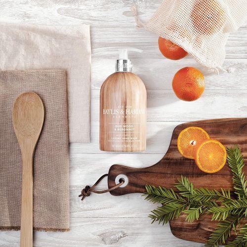 Tekuté mýdlo na ruce Oud Wood & Bergamot 500ml