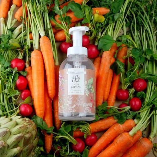 Tekuté pěnivé mýdlo na ruce In the garden 530 ml