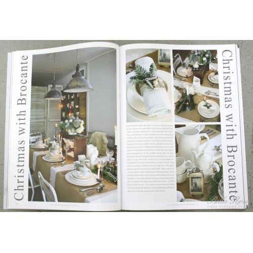 Časopis Jeanne d'Arc Living 11/2012 - anglická verze