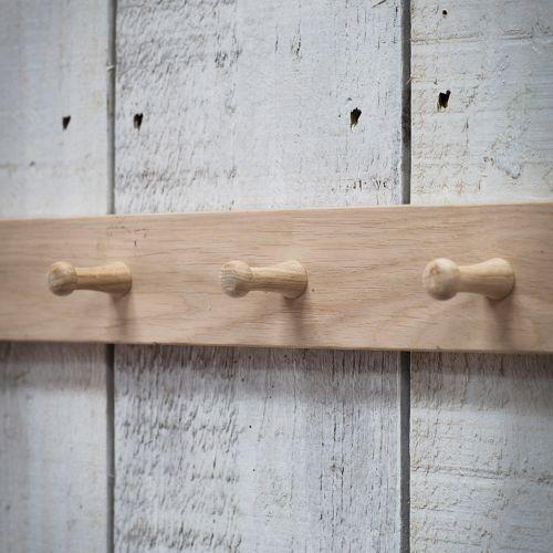 Věšák z dubového dřeva 40cm