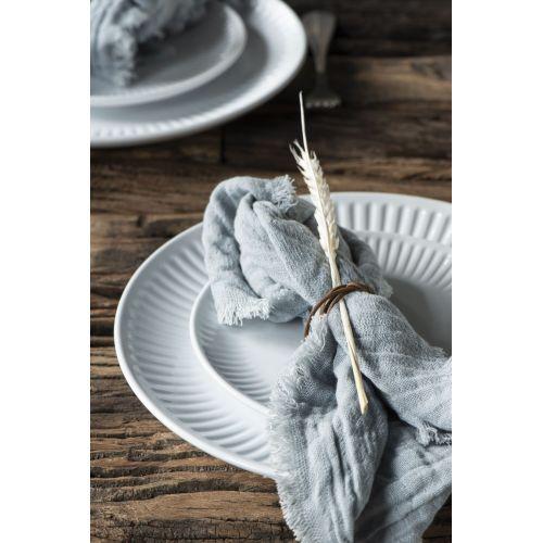 Vroubkovaný talíř Mynte Pure White