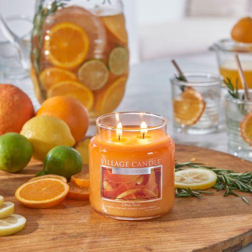 Svíčka Village Candle - Citrus Twist 389 g