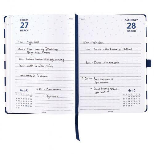 Diář Day a Page Diary 2020 Stripes & Dots