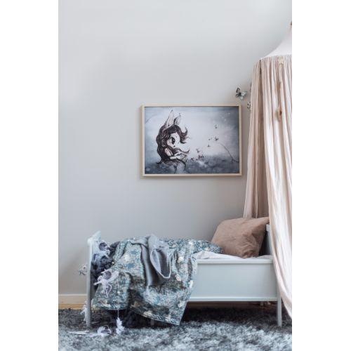 Plakát MISS DELLA 70x50cm - Limited edition