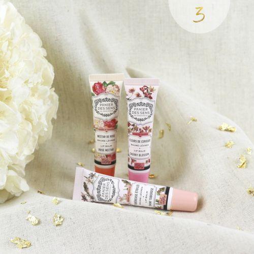 Balzám na rty Cherry Blossom