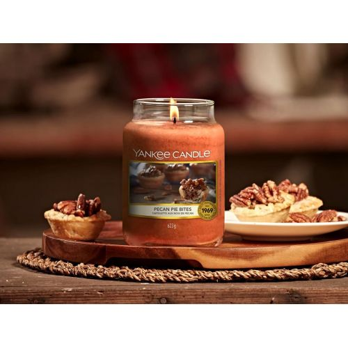 Svíčka Yankee Candle 411g - Pecan Pie Bites