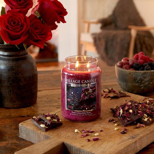 Svíčka Village Candle - Dark Chocolate Rose 92gr