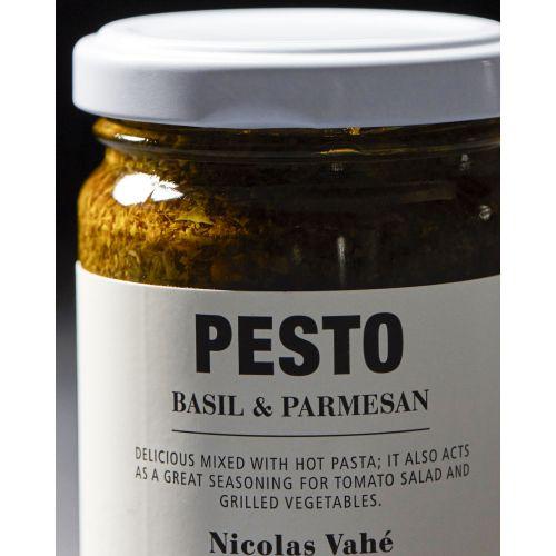 Bazalkové pesto s parmazánem 135 g