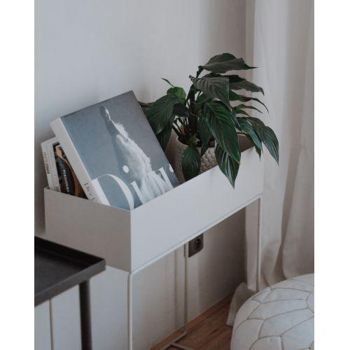 Designový truhlík na stojanu Light Grey