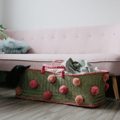 XXL košík s pom pomy Raffia & Pink