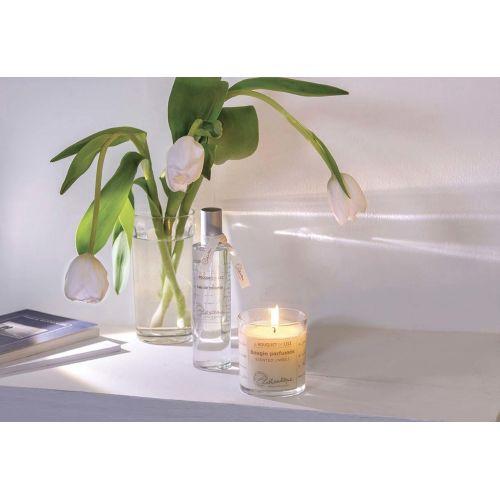 Vonná svíčka Le bouquet de Lili 140g
