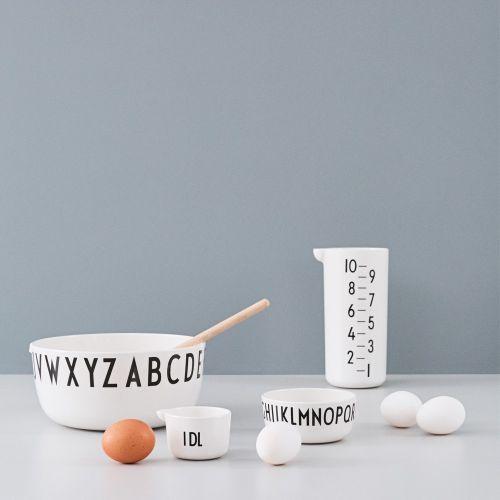 Melaminový měřicí džbánek Design Letters 1l