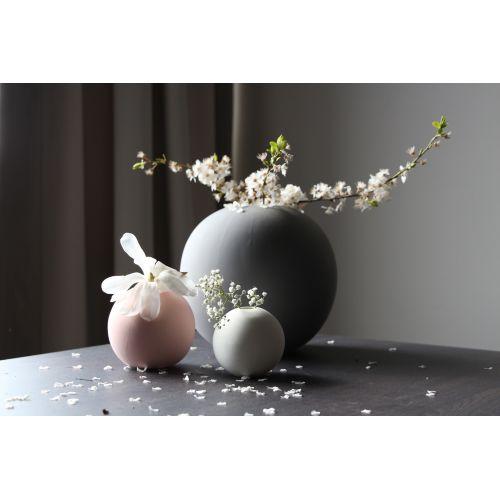 Kulatá váza Ball Dusty Pink 10 cm