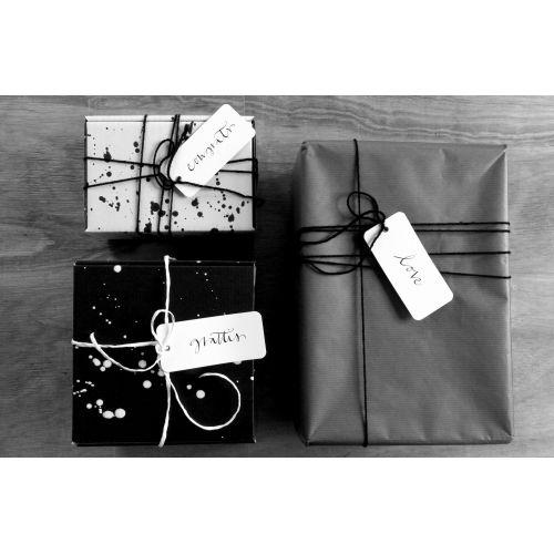 Papírový dárkový štítek Love