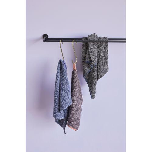 Černá pletená utěrka