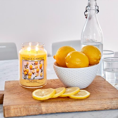 Svíčka Village Candle - Fresh Lemon 602g