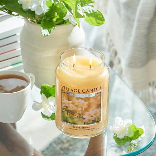 Svíčka Village Candle - Sunlit Jasmine 602g