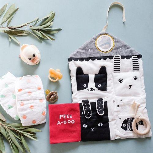 Podložka s aktivitami pro miminka - Peekaboo Pets