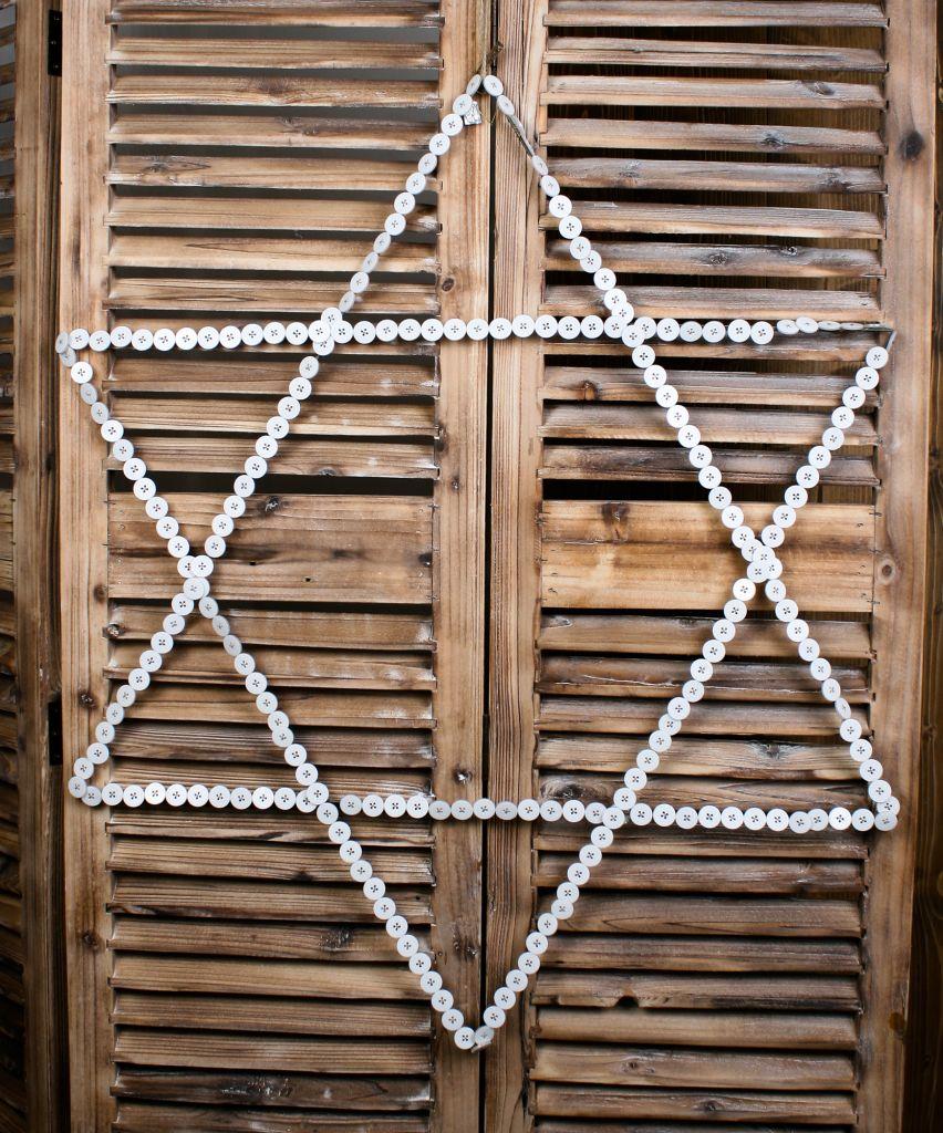 Hvězda z knoflíčků - větší, bílá barva, kov
